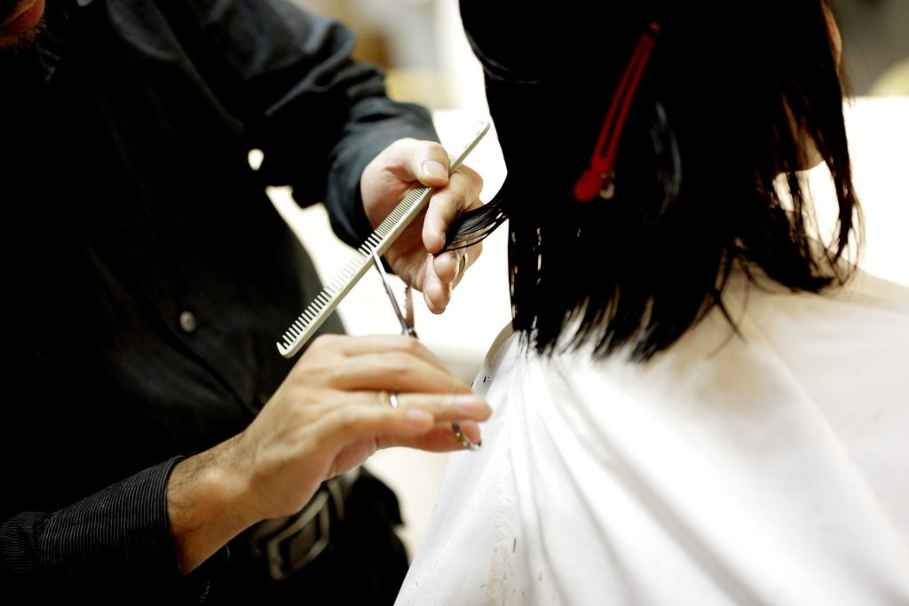 haircut-834280_1920