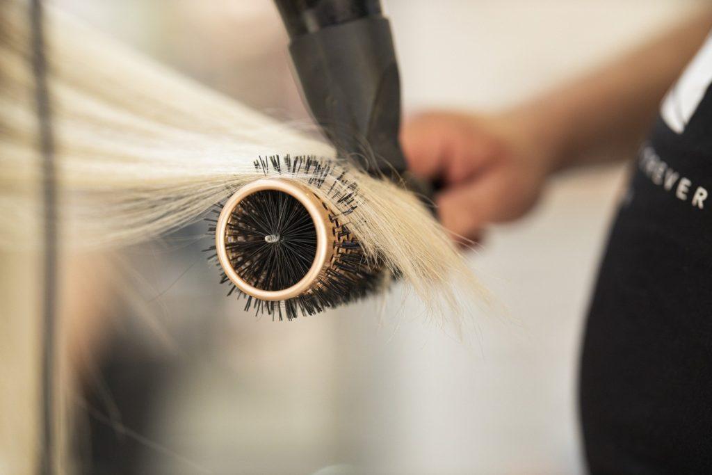 hairdresser-4769976_1920
