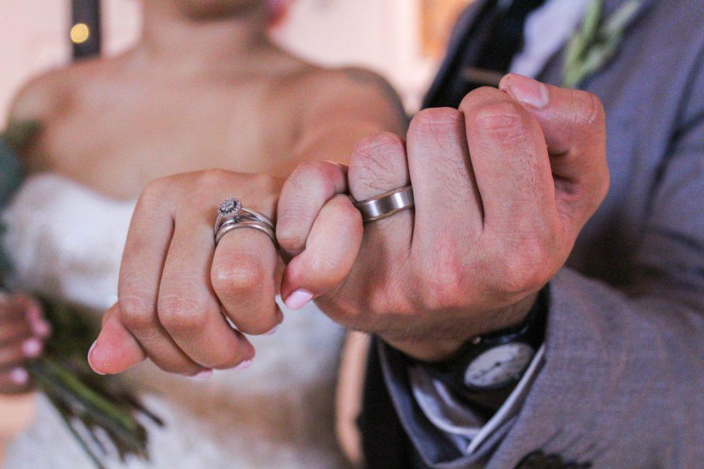 安心安全!お財布に優しい安めな結婚相談所