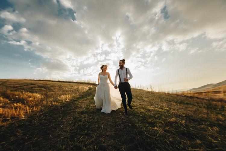 婚活はSNSでも可能だが成功率は低い