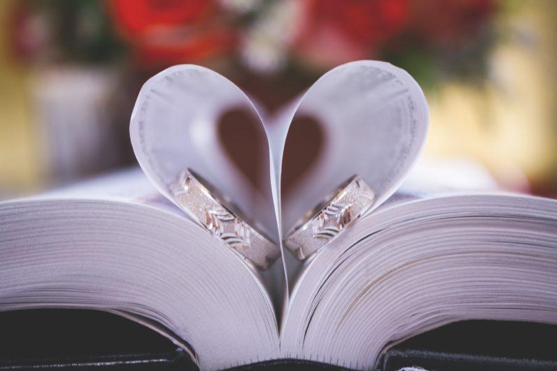 結婚相談所とマッチングアプリを有効活用し婚活を成功させよう