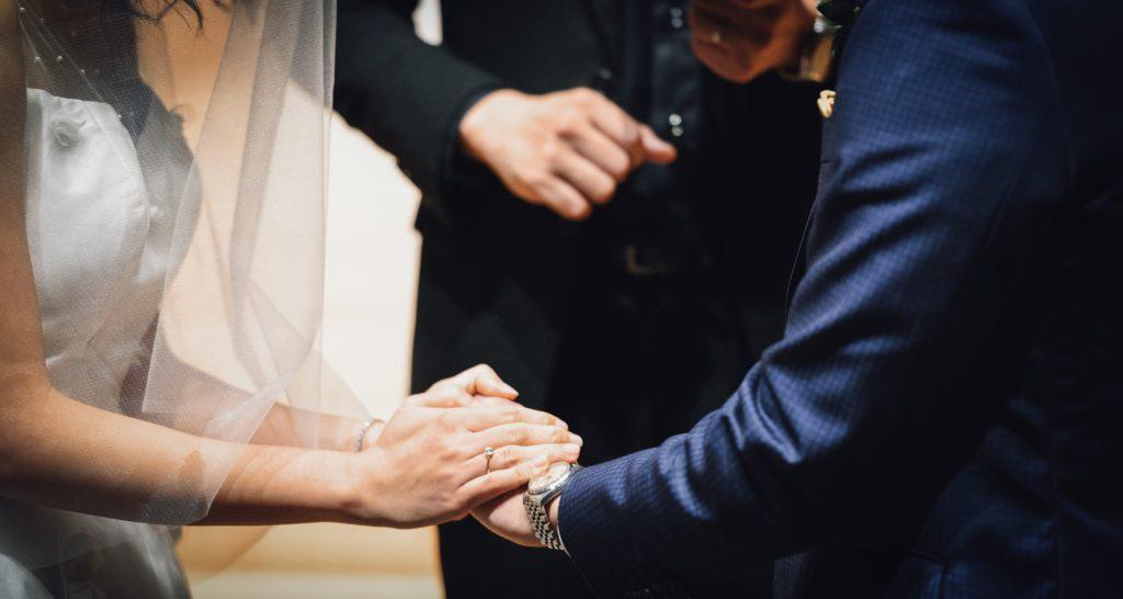 介護福祉士同士の結婚のメリットデメリット