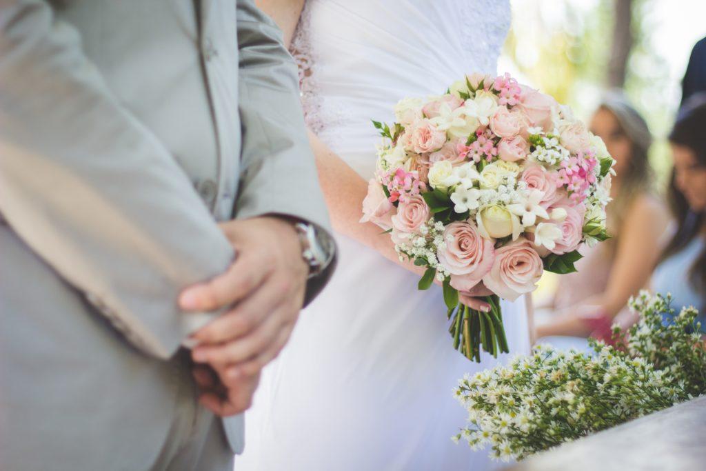 結婚相談所の遠距離婚活のメリット・デメリット
