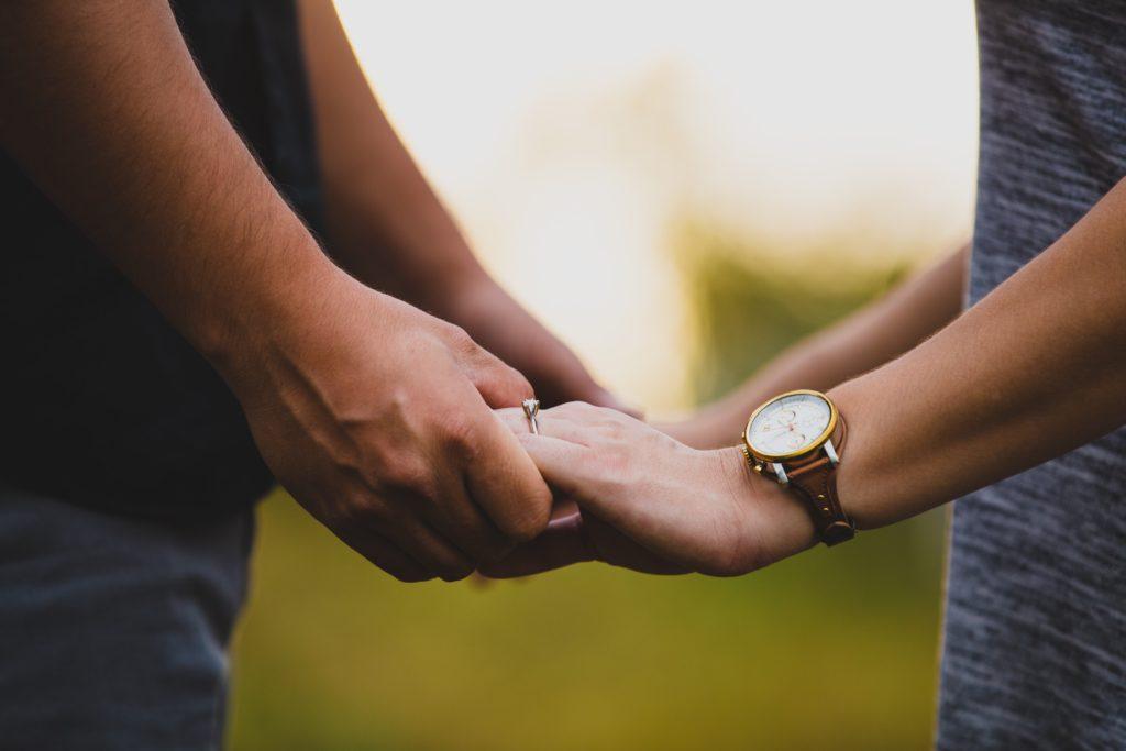 イケメンとの結婚を選ぶ3つのメリット・2つのデメリット