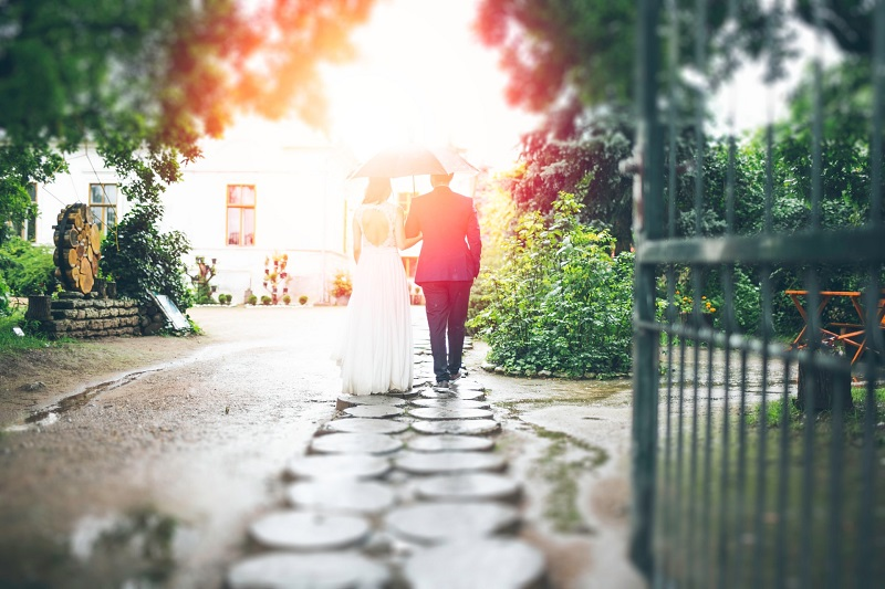 公務員の恋愛・結婚事情!女性人気と既婚率とは?